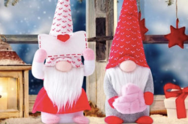 Grab 2 Adorable Valentines Gnomes for just $11.37 (Reg. $38)!